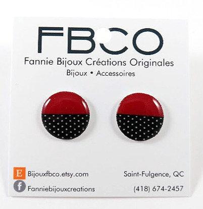 Boucles d'oreille FBCO ''Chikie rouge foncé, noir et blanc''