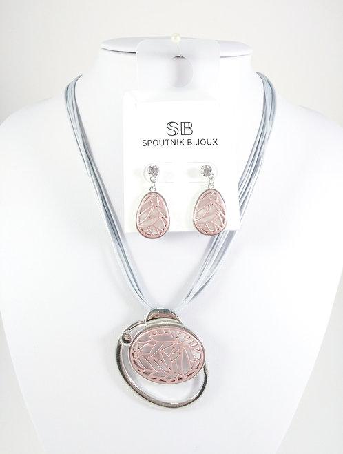Ensemble collier et boucles d'oreille Spoutnik, Ovale ajouré rose, cordon gris
