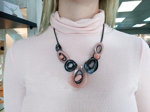 Ensemble collier et boucles d'oreille Spoutnik, Rose et métal noir
