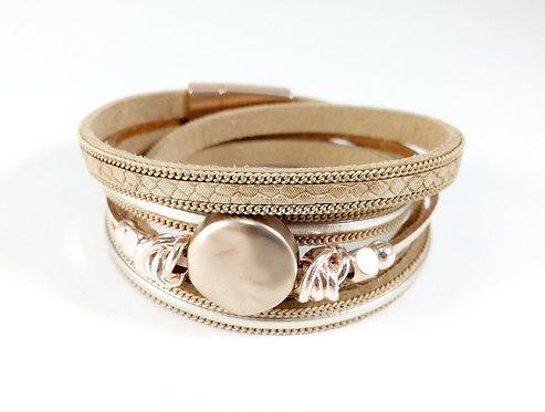 Bracelet cuirette beige, multi rangs, pastille or