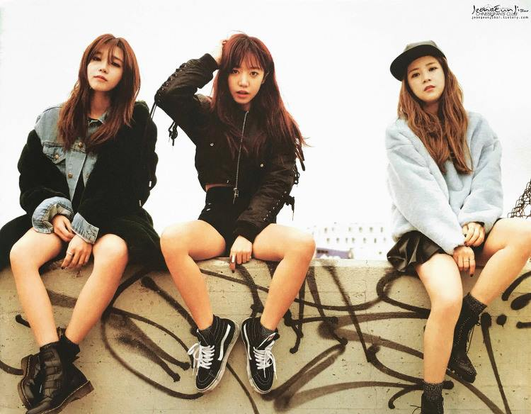 Apink Girl's Sweet Repose