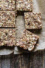 Nut+++Oat+Chewy+Granola+Bars+(sweetened+