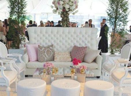 What Lounge decor ideas do we love?