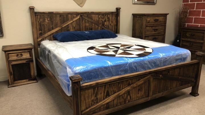 Queen farmhouse bed set
