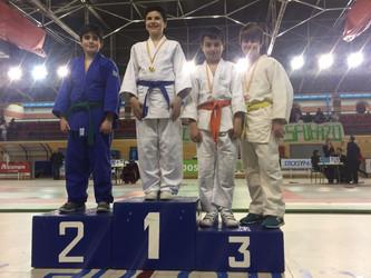 Dos alumnos del colegio María Teresa ganan medallas en un torneo de judo de Alcobendas