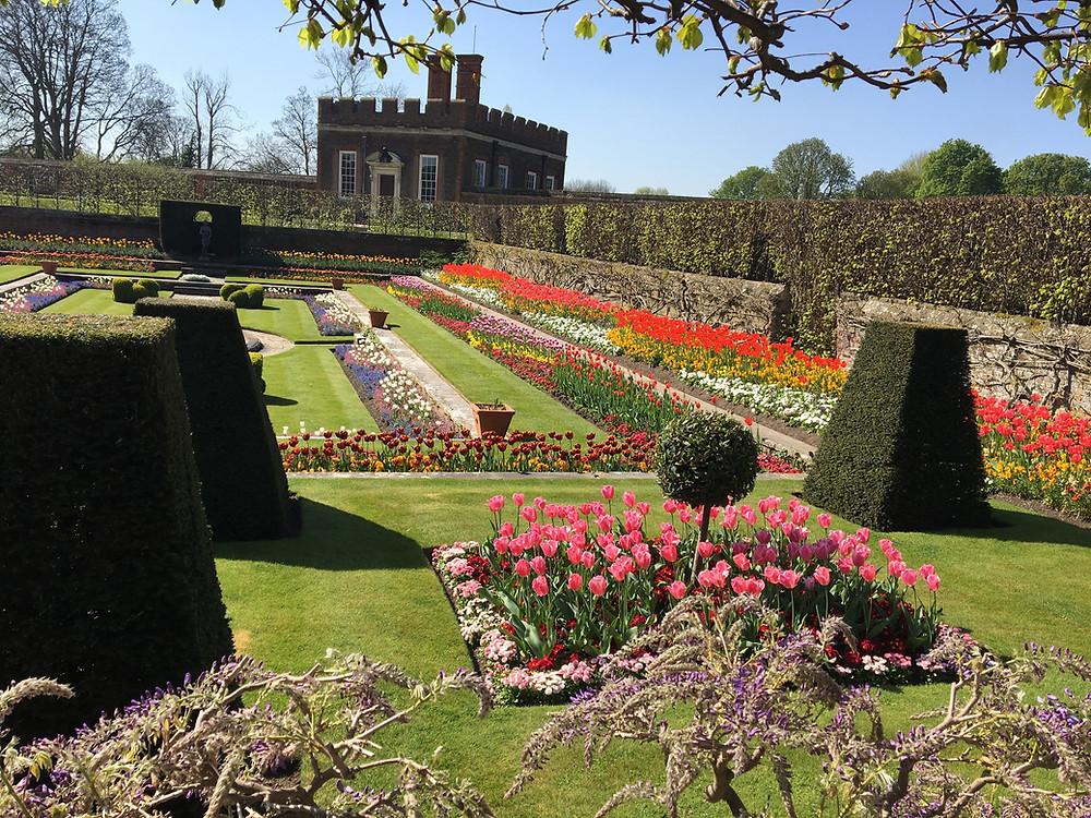 Hampton Court Sunken Garden-Richard Ing Tours