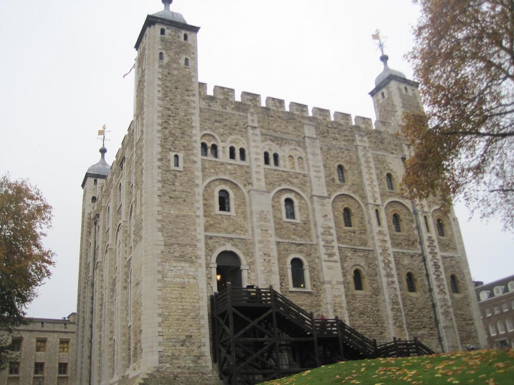Tower of London - guided walking tours Richard Ing - blue badge guide