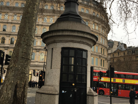 """London's smallest police station and """"the lamps of HMS Victory""""?"""