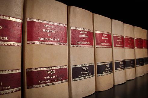 books-1890263_1920.jpg