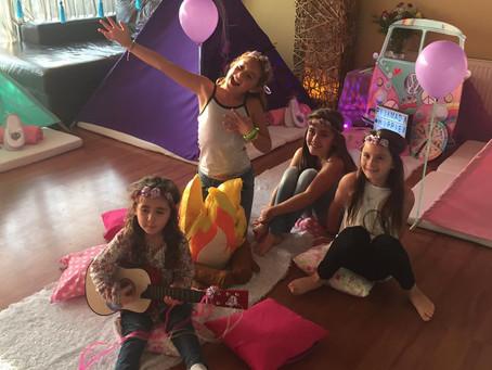 13 consejos para organizar la Pijamada perfecta para niñ@s!