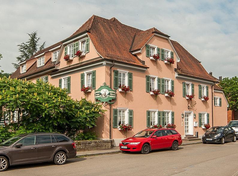 EMQI-_DSC7587_20150616-HDR Landhotel Hirsch Aussenansicht (2).jpg