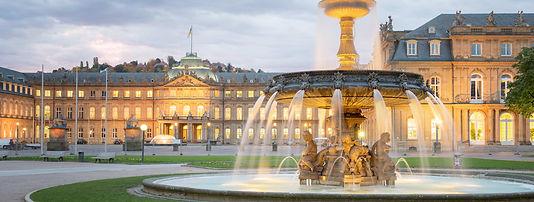 Stuttgarter-Innenstadt-Schlossplatz.jpg