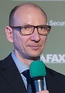 Poza conf 16 aprilie Nicu Iancu_edited.j