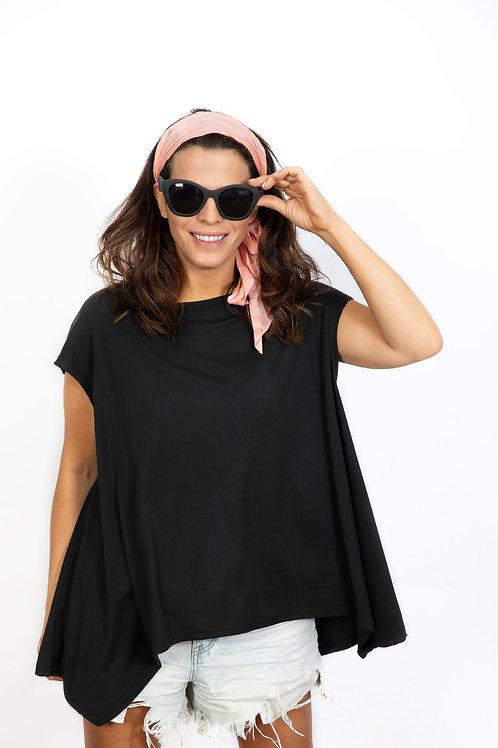 Maggi חולצה שחורה אוברסייז