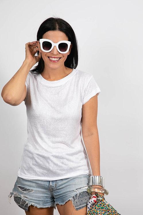 NELLA חולצה לבנה בייסיק