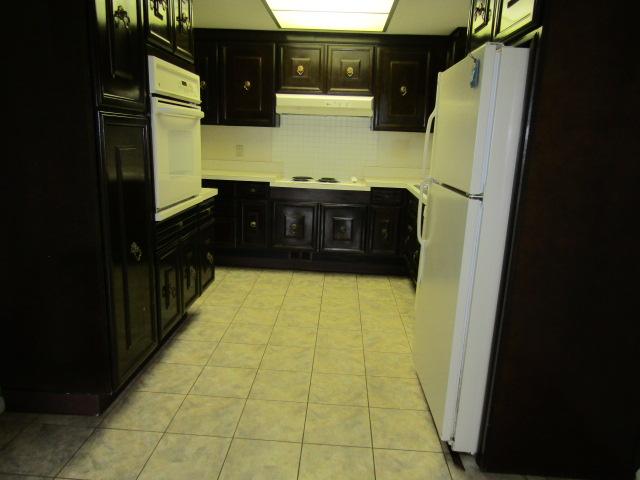 118-B kitchen