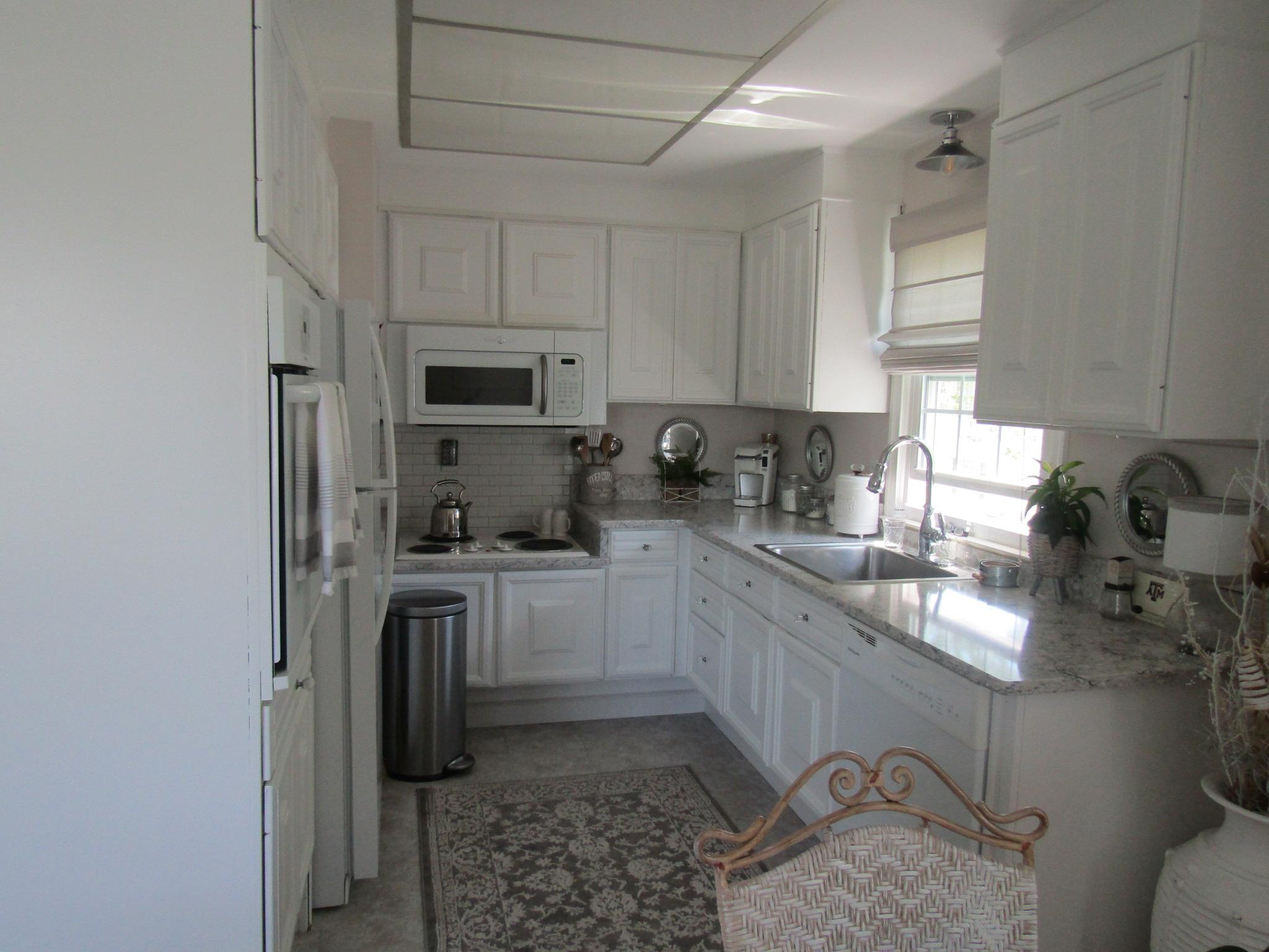 76-N kitchen 2