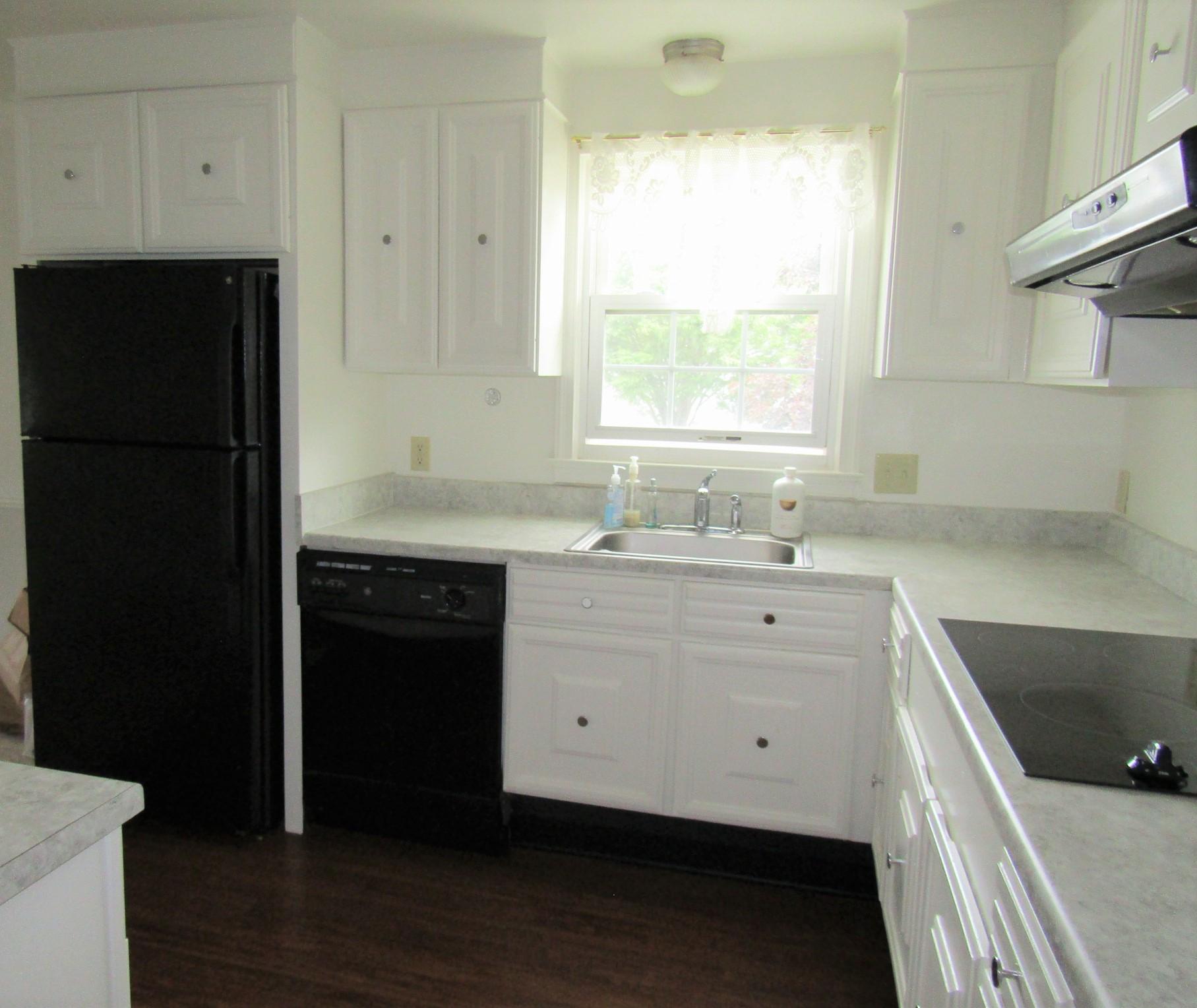 68-O kitchen 1
