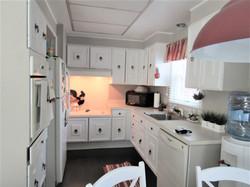 89-N kitchen 3
