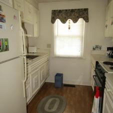 37-N Kitchen 3.JPG