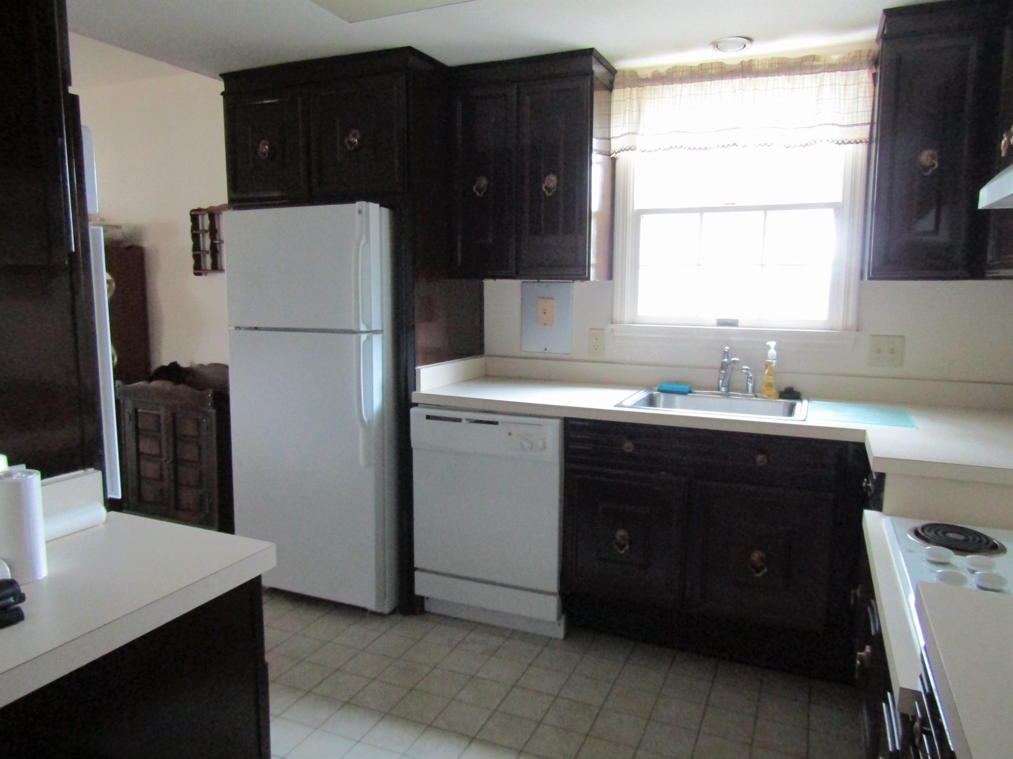 122-B Kitchen 1 - Copy