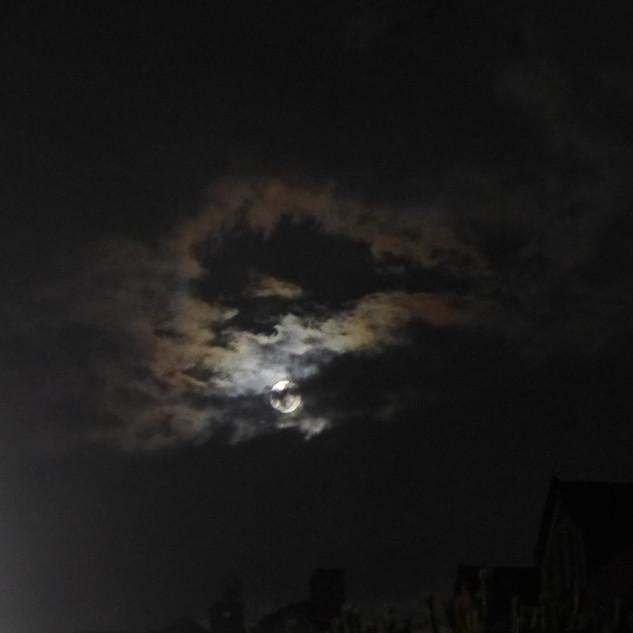 Full Moon Time