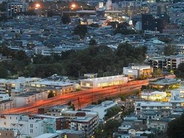 米国の建築家が二子玉川のスポーツジムを設計
