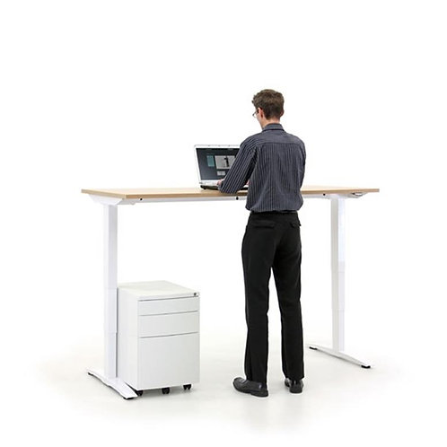 Pro Desk