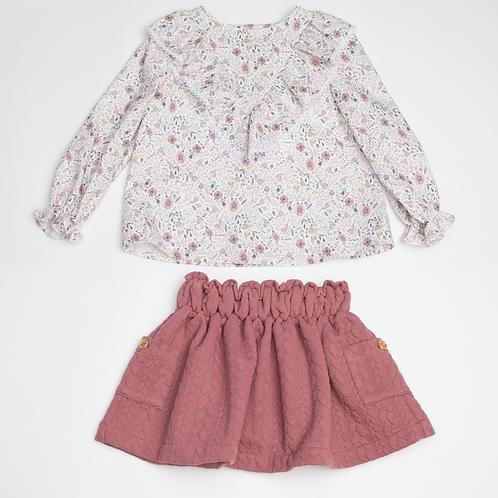Conjunto de blusa y Falda