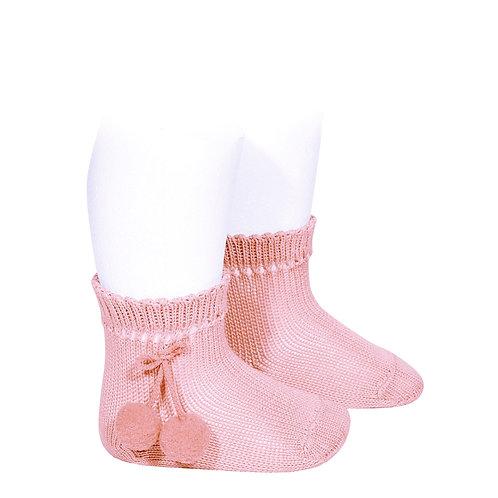 Calcetín corto de borlas