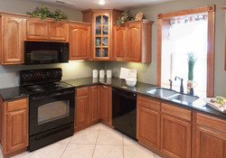 Hickory Cabinets Black Appliances