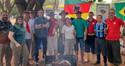 SEM MÁSCARA, BOLSONARO PARTICIPA DE CHURRASCO COM GAUCHADA NO PIQUETE DO EIXÃO, EM BRASÍLIA
