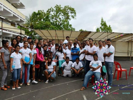 Organising social activities for young people in Mauritius