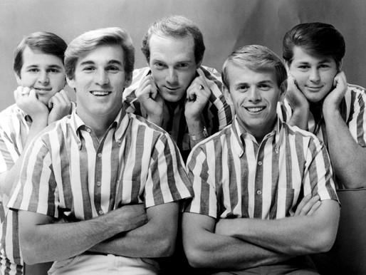 "Há 58 anos, os Beach Boys lançavam o clássico ""Surfin' U.S.A"""