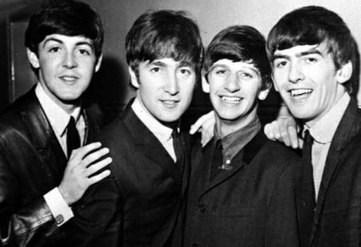 """Há 58 anos, os Beatles chegavam ao topo da parada britânica com o álbum """"Please Please Me"""""""