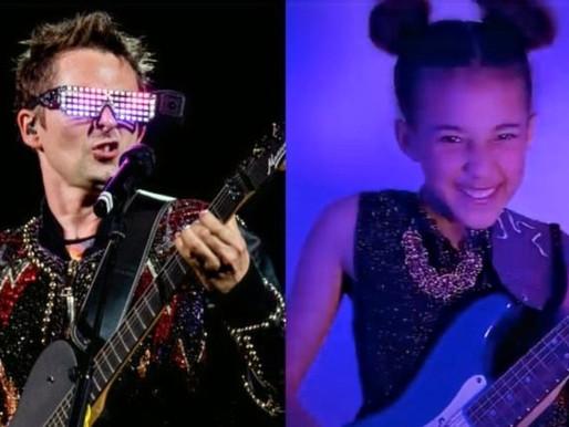 "Nandi Bushell impressiona banda Muse com cover de ""Plug In Baby""; assista"