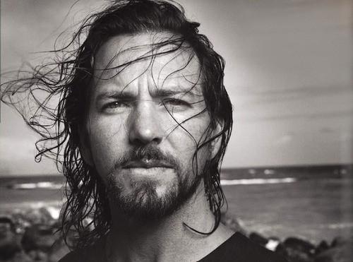 Eddie Vedder anuncia lançamento de novo álbum solo em 2021
