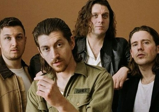 Arctic Monkeys anuncia novo álbum ao vivo; assista ao trailer