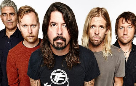 Foo Fighters lança single e detalha novo álbum; assista