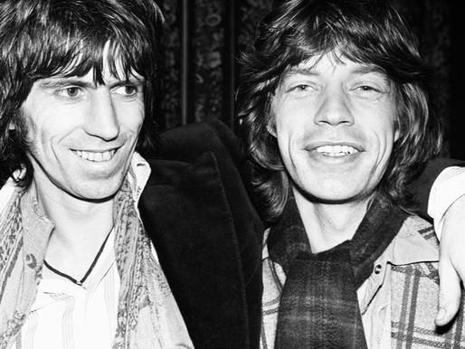 "Há 53 anos, os Rolling Stones lançavam o clássico ""Jumpin' Jack Flash"""