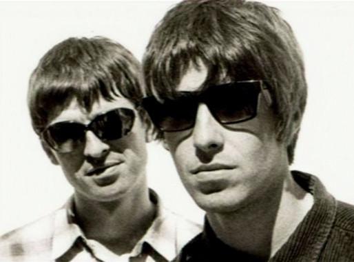 """Há 25 anos, o Oasis chegava ao topo da parada britânica com o clássico """"Don't Look Back In Anger"""""""