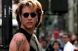 """Há 28 anos, Bon Jovi lançava o álbum """"Keep the Faith"""""""