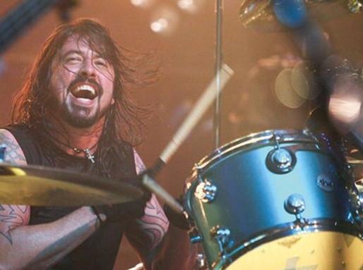 Them Crooked Vultures, The Cure e Paul McCartney participam de evento on-line gratuito, em outubro
