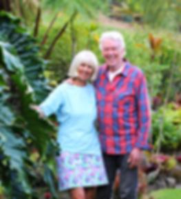 Glada seniorer på Hawaii
