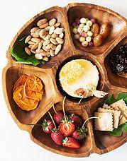 Acacia-Wood-Vegetable-Platter-3-_The-Lit