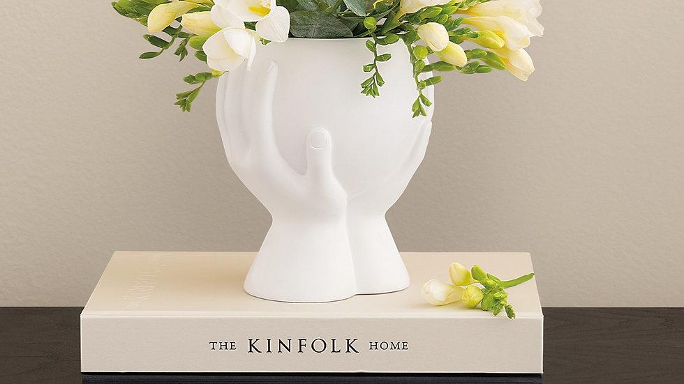 Cachepot Branco Mãos & Flores