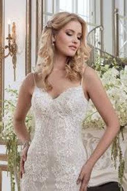 Vintage Lace Justin Alexander Wedding Dress - 8791