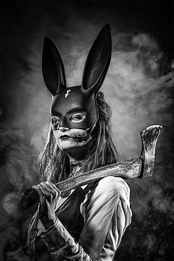 NinaBauer_Deadbyhuntress1.jpg