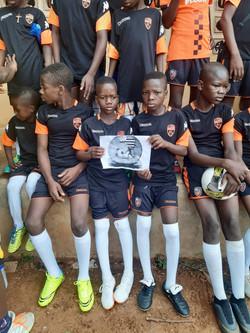 enfants avec maillot FCL