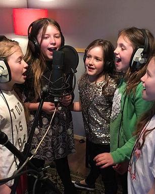 Darkhorse Recording Studio Surrey Sing a song Experience